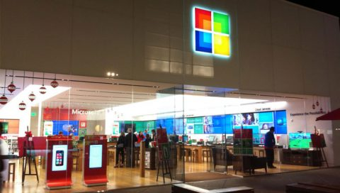 Will Web Apps. be  successful enough to rejuvenate Microsoft's Windows Store?